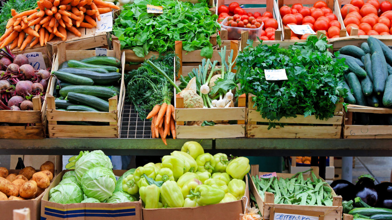 Memorial Day Weekend Is The Perfect Time To Visit Your Local Farmers Market