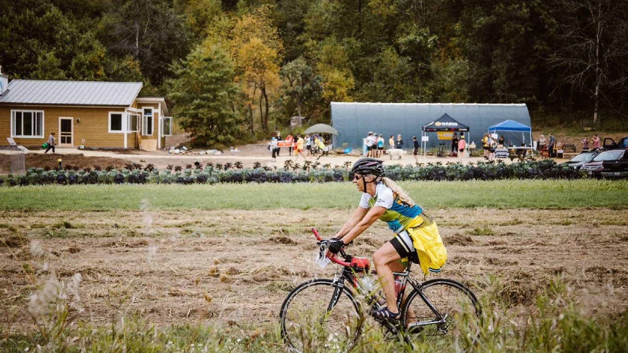 Cyclists Bike the Barns for Local Farms
