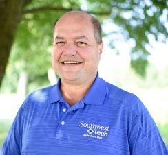 SW Tech Ag Instructor Earns Prestigious Award