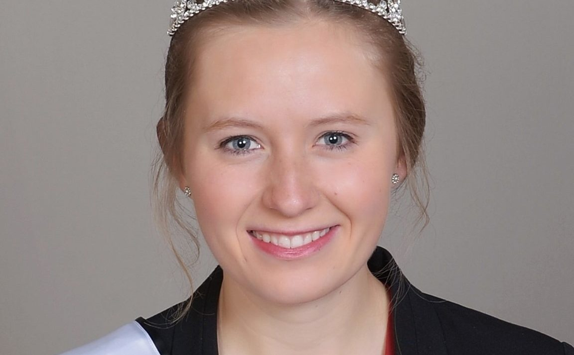 Wisconsin Honey Queen sweetens title becoming 2021 American Honey Queen