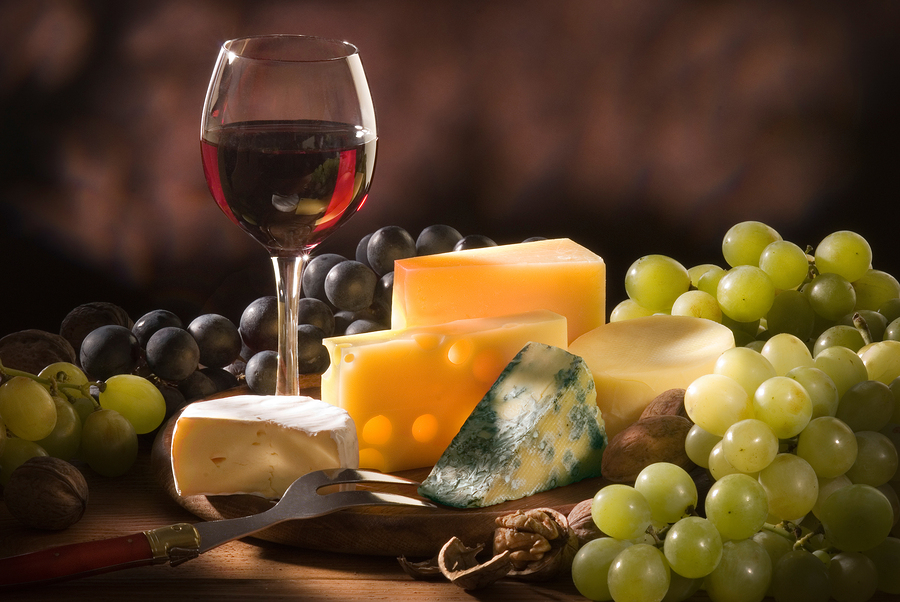 Perfect Places to Stop in this Fall: The Driftless Wisconsin Wine & Cheese Trail